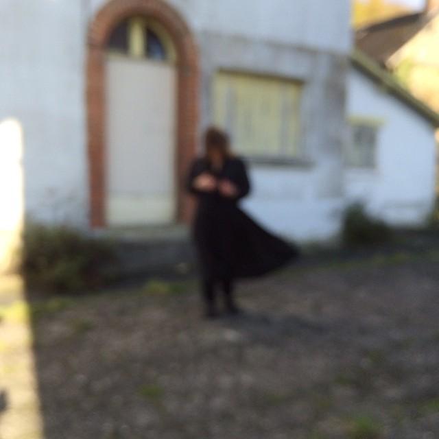 L'Expérience extérieure / Shooting : Giasco Bertoli avec Eva Niollet / Photo : John Jefferson Selve